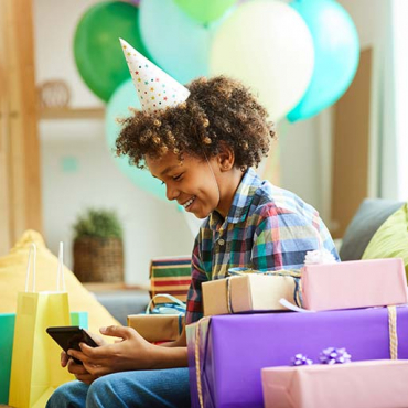 How to Host a Virtual Birthday Party for Kids in Isolation