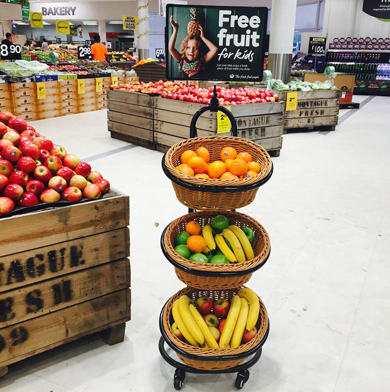 woolworths free fruit for kids