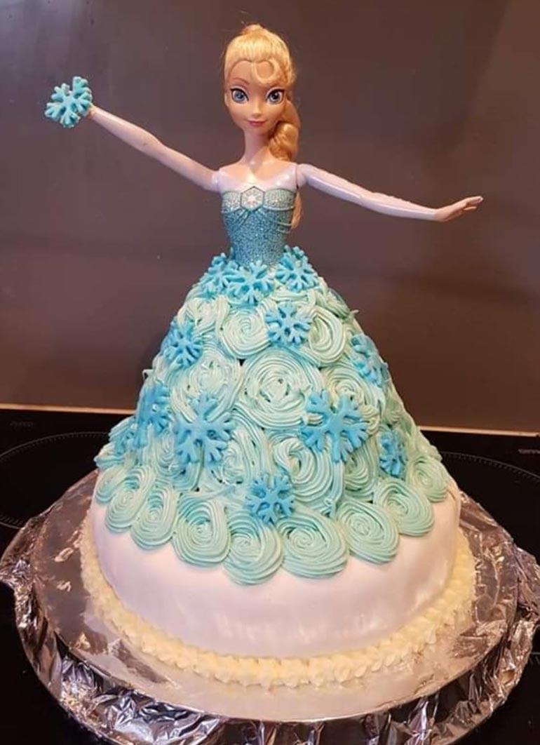 Frozen theme birthday cakes