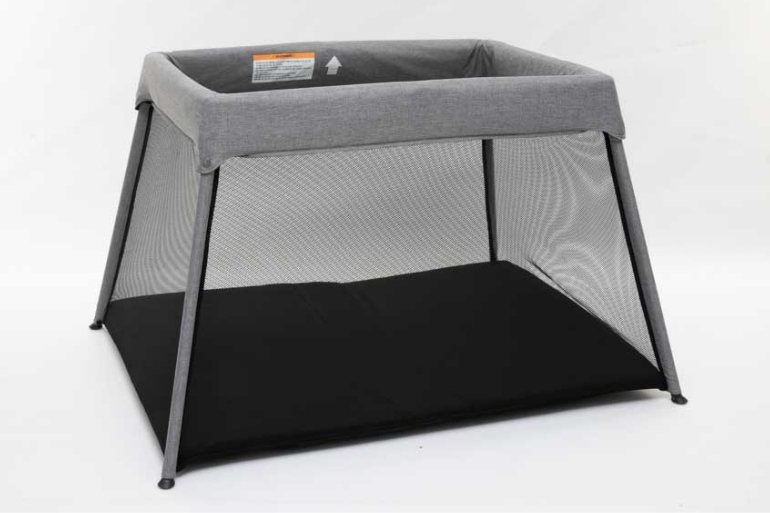 portable cot safety standard